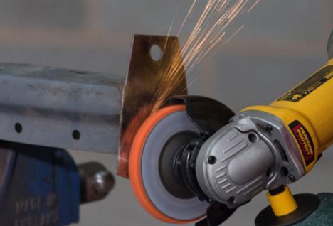 Flexovit Mega-Line Flexclean verwijdert corrosie, roest en coatings