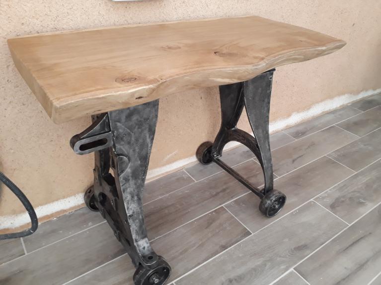 Console/table réalisé à partir d'une scie à métaux alternative